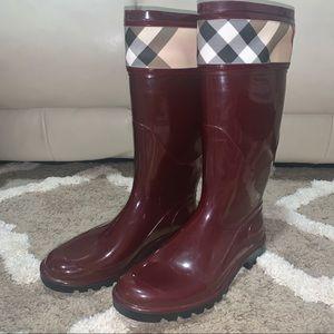 Burberry Crosshill Burgundy Rain Boots Sz 39
